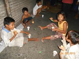street kids, rugby, glue, crime, theft, philippines, homeless, poverty, hungry